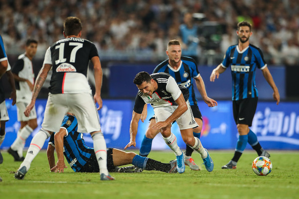 Juventus vs FC Internazionale - 2019 International Champions Cup [player,sports,sports equipment,football player,team sport,ball game,tournament,football,team,soccer player,defender,cristiano ronaldo,nanjing olympic center stadium,china,fc internazionale,juventus,champions cup,match,international champions cup]