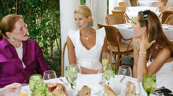 Hamptons Magazine Hosts  Luncheon to Honor The Centennial Fashion Committee