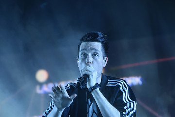 Dan Smith Bastille In Concert - Brooklyn, New York