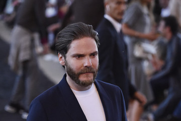 Daniel Bruhl Ermenegildo Zegna - Front Row - Milan Men's Fashion Week Spring/Summer 2020