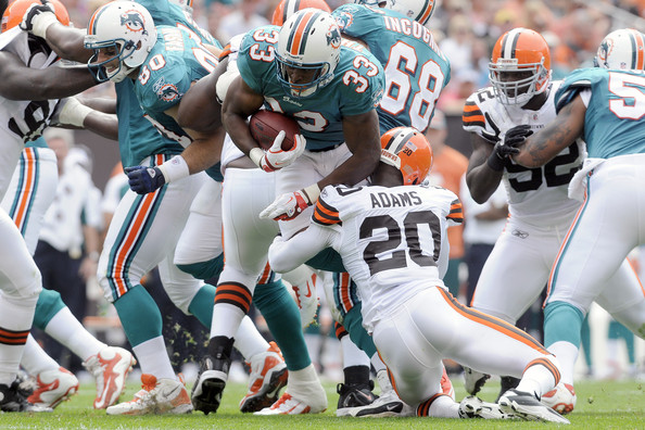 Dolphins at Browns: Who Has the Edge?