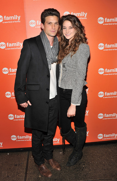 daren kagasoff and shailene woodley relationship status