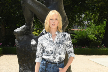 Daria Strokous Christian Dior: Photocall - Paris Fashion Week - Haute Couture Fall Winter 2018/2019
