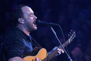 Dave Matthews DirecTV And Pepsi Super Thursday Night Featuring Dave Matthews Band - Performance