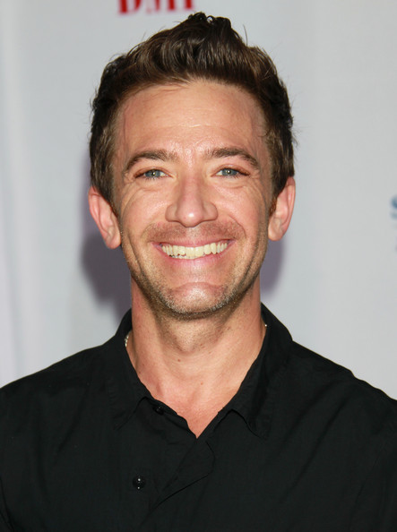 how tall is david faustino