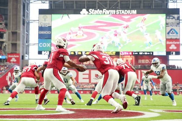 Detroit Lions v Arizona Cardinals [sports,canadian football,gridiron football,player,team sport,american football,ball game,team,sport venue,tournament,kyler murray,david johnson,state farm stadium,arizona,glendale,arizona cardinals,detroit lions,game]