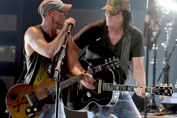 David Lee Murphy Kenny Chesney Kicks Off 'The Big Revival' Tour