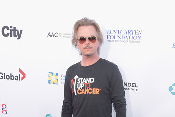 David Spade Stand Up To Cancer Marks 10 Years Of Impact In Cancer Research At Biennial Telecast - Arrivals