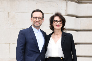 Dayle Haddon Dior Homme : Front Row - Paris Fashion Week - Menswear Spring/Summer 2018
