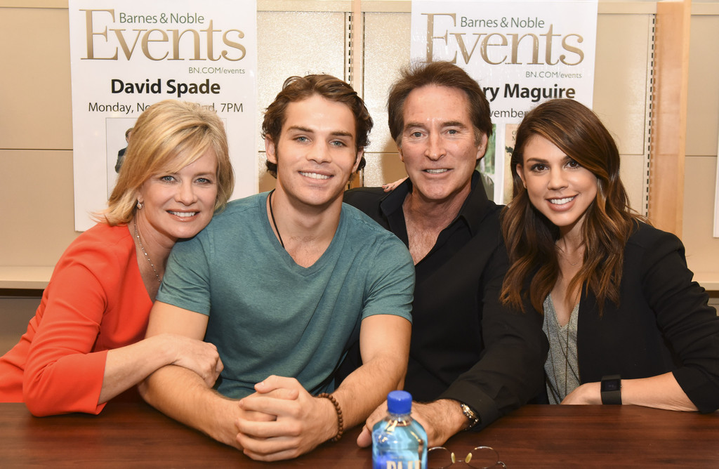 Drake Hogestyn Photos Photos Days Of Our Lives Book Signing