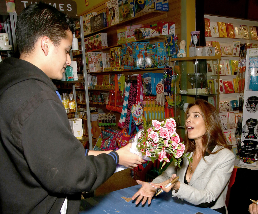 Kristian Alfonso Photos Days Of Our Lives Book Signing Books