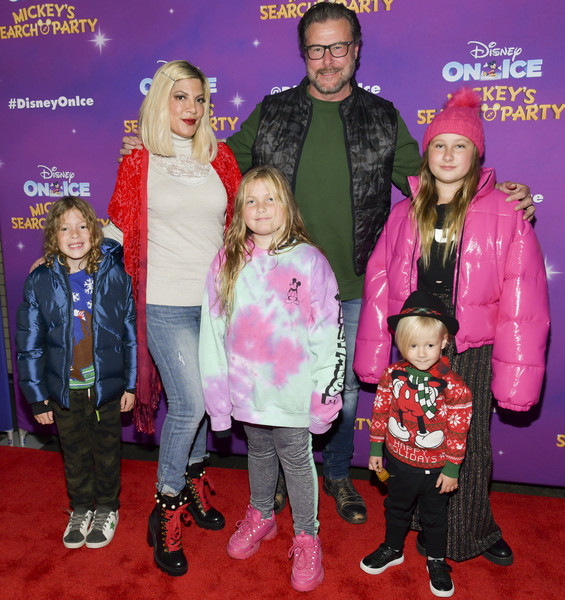 "2019 Disney On Ice ""Mickey's Search Party"" [event,carpet,premiere,fun,performance,outerwear,flooring,child,talent show,family,finn davey mcdermott,dean mcdermott,beau dean mcdermott,hattie margaret mcdermott,stella doreen mcdermott,tori spelling,l-r,staples center,disney on ice,mickeys search party]"