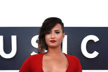 Demi Lovato Arrivals at the MTV Video Music Awards — Part 2