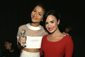 Demi Lovato 2nd Annual unite4:humanity Presented By ALCATEL ONETOUCH - Backstage And Audience