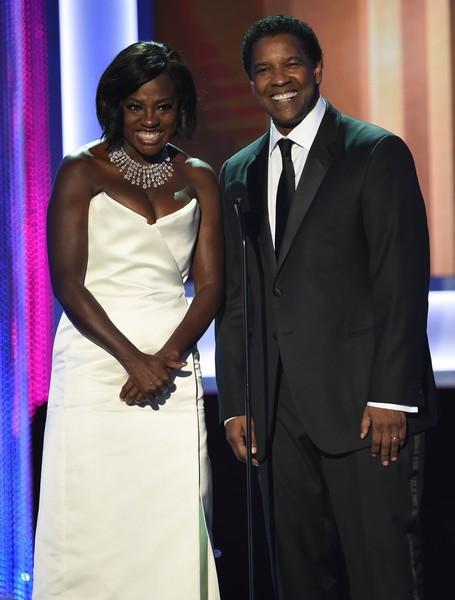 23rd Annual Screen Actors Guild Awards - Show [suit,formal wear,tuxedo,event,fashion,dress,ceremony,gown,award,fashion design,viola davis,denzel washington,robyn beck,stage,california,los angeles,l,afp,screen actors guild awards,show]