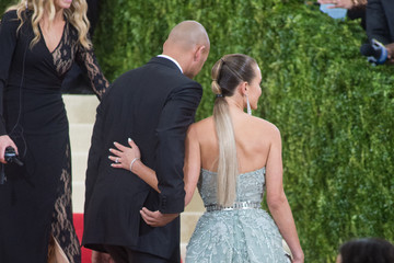 Derek Jeter Hannah Jeter 'Manus x Machina: Fashion In An Age of Technology' Costume Institute Gala - Outside Arrivals