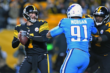 Derrick Morgan Tennessee Titans v Pittsburgh Steelers