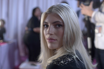 Devon Windsor 2018 Victoria's Secret Fashion Show - Hair & Makeup