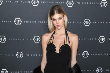 Devon Windsor Philipp Plein Fall/Winter 2017/2018 Women's And Men's Fashion Show - Arrivals