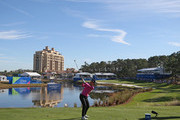 Lydia Ko of New Zealand hits his tee shot on the 18th hole during the second round of the Diamond Resorts Tournament of Champions at Tranquilo Golf Course at Four Seasons Golf and Sports Club Orlando on January 18, 2019 in Lake Buena Vista, Florida.