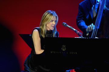 Diana Krall 15th Annual Elton John AIDS Foundation An Enduring Vision Benefit - Show