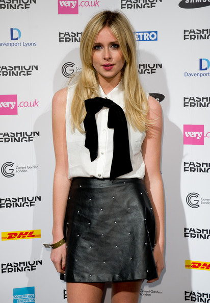 Diana Vickers Diana Vickers attends the Fashion Fringe fashion show ...