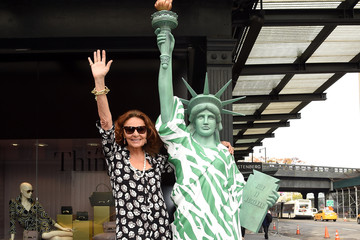 Diane von Furstenberg DVF Pays Homage to the Ultimate NYC 'It Girl'