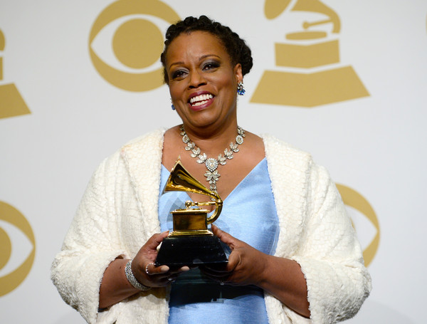 dianne reeves tour