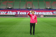 Diego Forlan attends attends a news conference on joining Cerezo Osaka of J. League at Nagai Stadium on February 12, 2014 in Osaka, Japan.