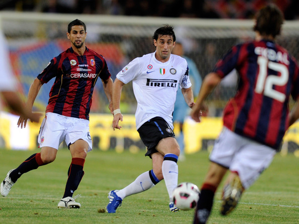 Diego Milito Diego Milito of FC Internazionale during the Serie A match between Bologna and Inter at Stadio Renato Dall'Ara on August 30, 2010 in Bologna, Italy.