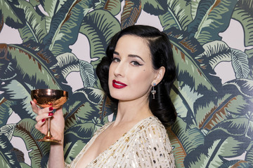 Dita Von Teese Dita Von Teese And The Copper Coupe At The Box Soho