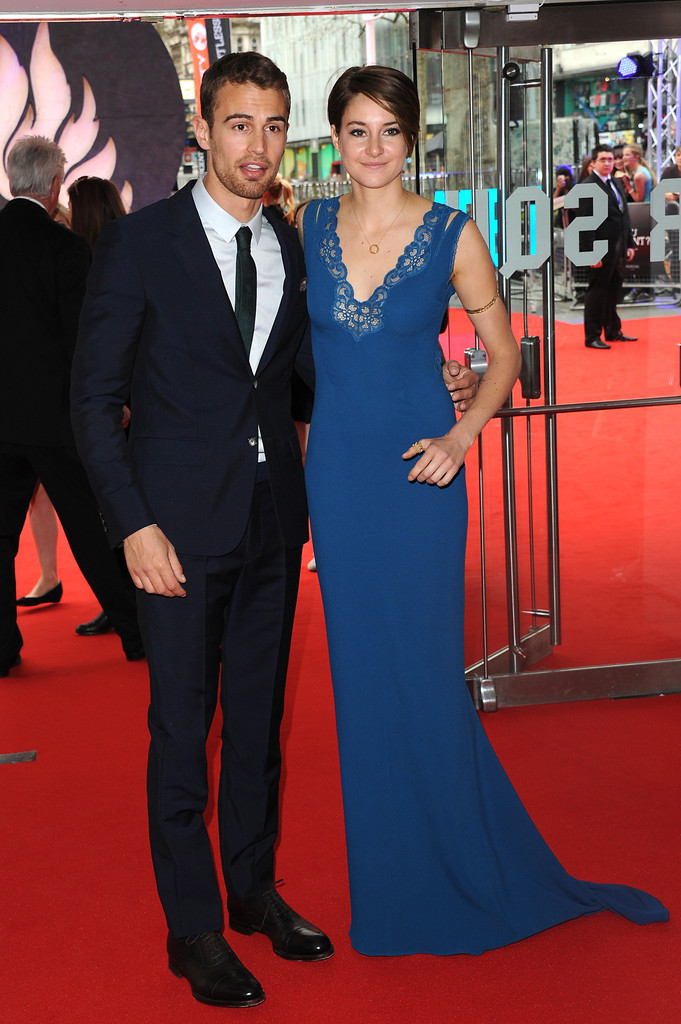 Shailene Woodley, Theo James and Kate Winslet hit the red ...  Shailene Woodley And Theo James Divergent Premiere