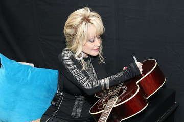 Dolly Parton 61st Annual Grammy Awards - Grammy Charities Signings - Day 4