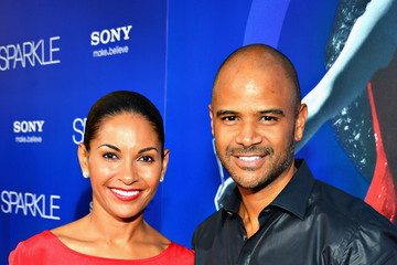 dondre whitfield young