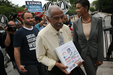 Donna Edwards Activists, Unions Rally in Support of Expanded Social Security Benefits