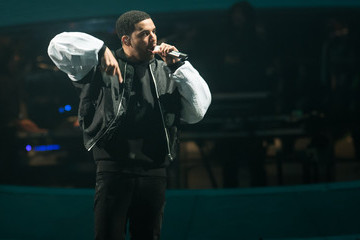 Is Drake Dissing Jay Z on His New Song 'Draft Day'?