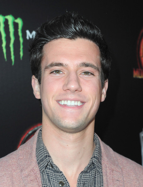 "drew roy dating Are miranda cosgrove and drew roy dating do damon and elena start dating wolff james maslow nathan kress, drew crosgroves bag in both ""dated."