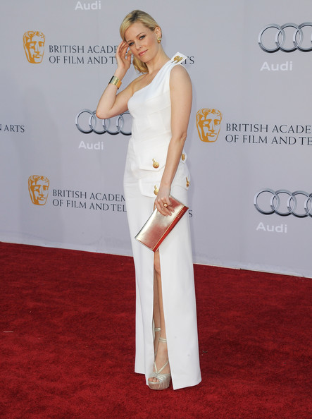 Actress Elizabeth Banks arrives at the BAFTA Brits To Watch event held at the Belasco Theatre on July 9, 2011 in Los Angeles, California.