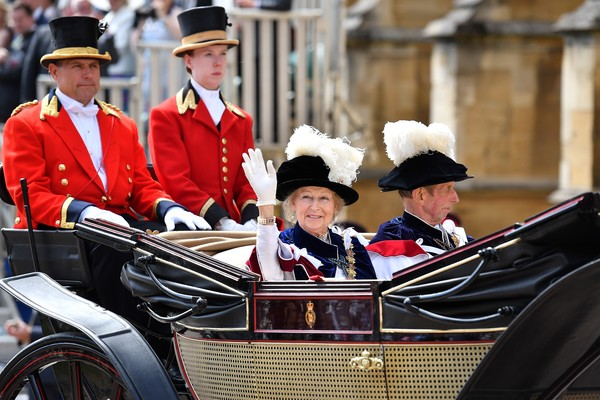 Order Of The Garter Service [vehicle,carriage,coachman,classic,event,uniform,tradition,car,antique car,vintage car,order of the garter service,c,most noble order of the garter ceremony,britain,windsor castle,kent,prince edward,princess alexandra,george vi,senior]