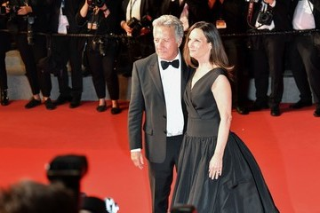 Dustin Hoffman Lisa Hoffman 'The Meyerowitz Stories' Red Carpet Arrivals - The 70th Annual Cannes Film Festival