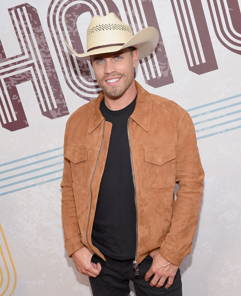 12th Annual ACM Honors - Red Carpet [clothing,hat,cool,beige,headgear,outerwear,fashion accessory,fedora,jacket,cowboy hat,acm honors - red carpet,acm honors,ryman auditorium,nashville,tennessee,dustin lynch]