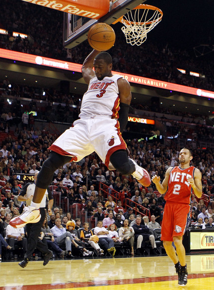dwyane wade dunk over kendrick perkins. Dwyane+wade+dunks+on+kobe