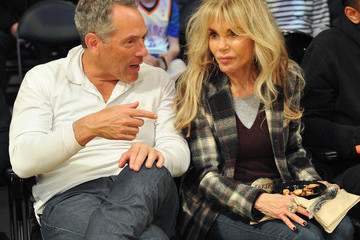 Dyan Cannon Celebrities Visit the Los Angeles Lakers Game