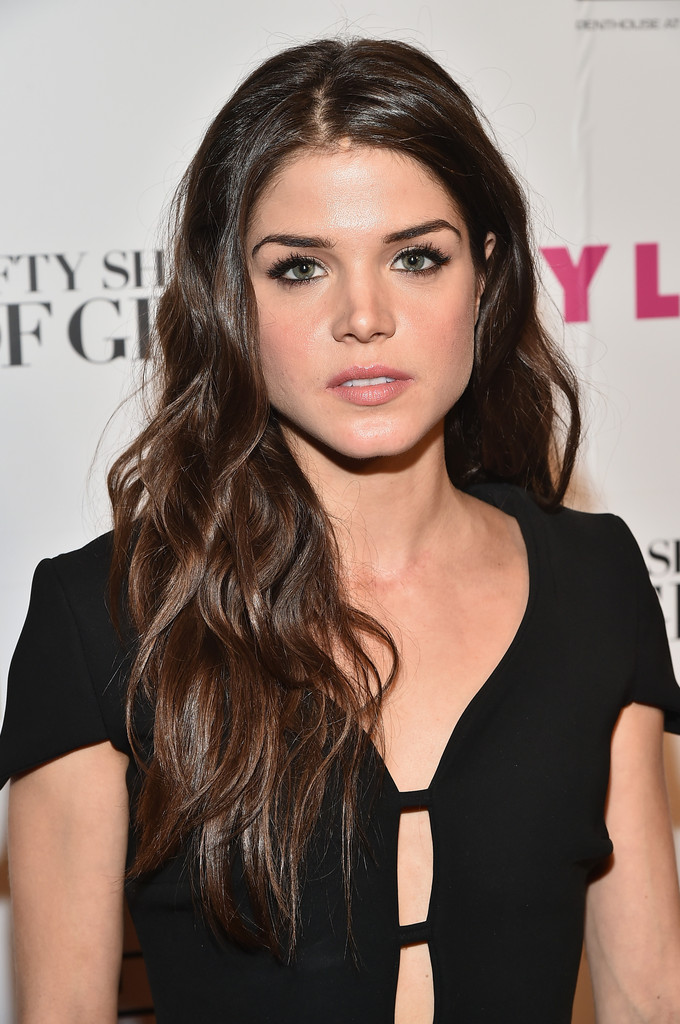 Marie Avgeropoulos Pho...