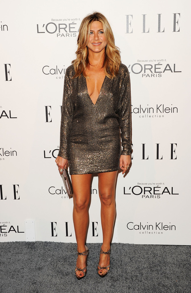 Actress Jennifer Aniston arrives at ELLE's 18th Annual Women in Hollywood Tribute held at the Four Seasons Hotel on October 17, 2011 in Los Angeles, California.