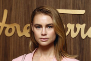 Lucy Fry Photos Photo