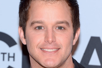 Easton Corbin Arrivals at the CMA Awards