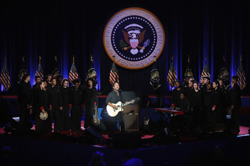 Eddie Vedder President Obama Delivers Farewell Address in Chicago