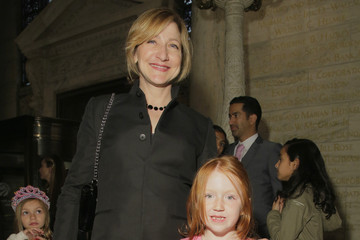 Edie Falco Ralph Lauren Fall 14 Children's Fashion Show In Support Of Literacy