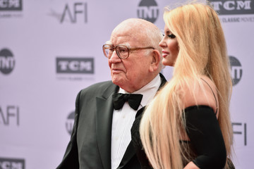 Edward Asner American Film Institute's 44th Life Achievement Award Gala Tribute to John Williams - Red Carpet